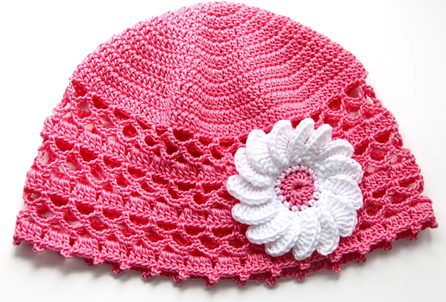 Летняя шапочка для девочки крючком.