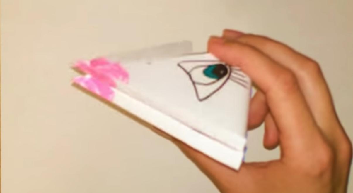 Квакающая бумажная лягушка
